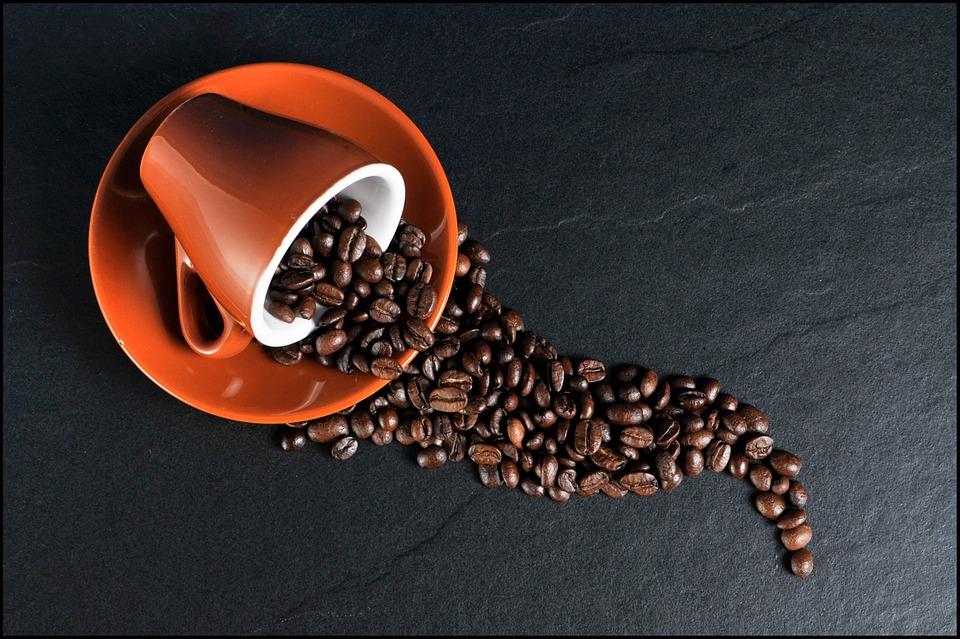Le café est un diurétique, il doit être consommé avec modération avant un semi-marathon.