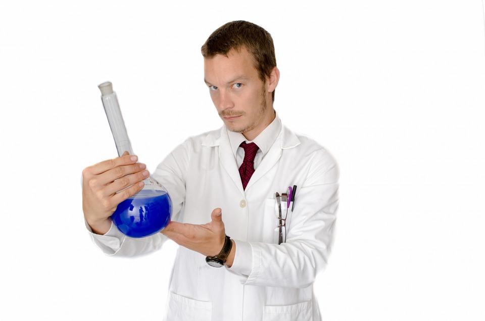 La couleur bleu/vert de la spiruline provient de la phycocyanine.